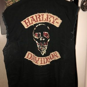 Harley Davidson sleeveless button up